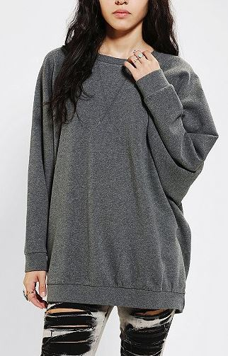 oversize sweatshirt