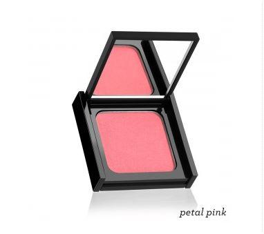Glow blush in petal pink