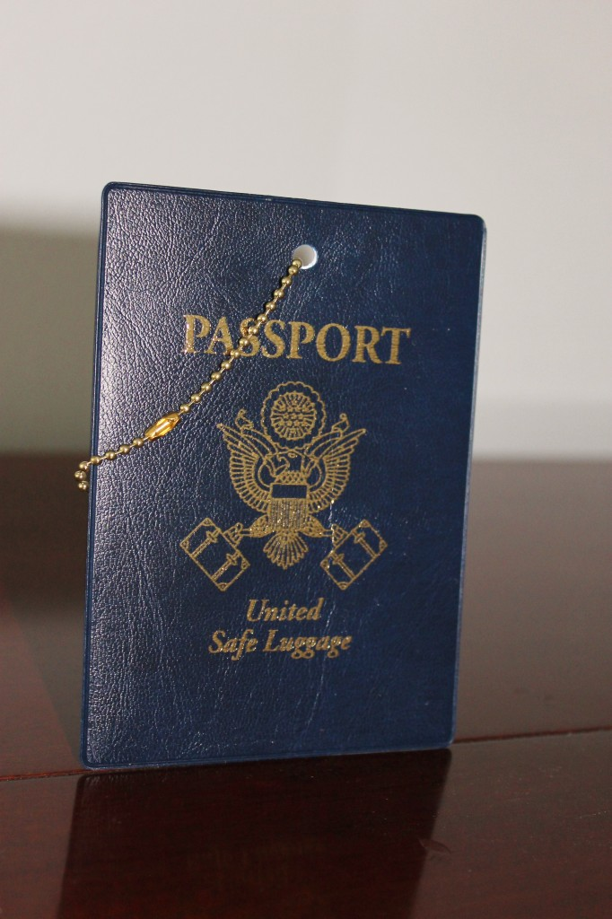 passport luggage tag