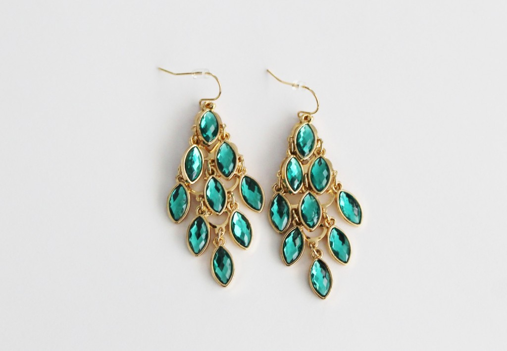 emerald earrings giveaway