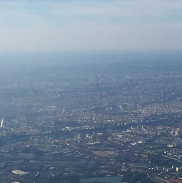 Paris highlights aerial (635x640)