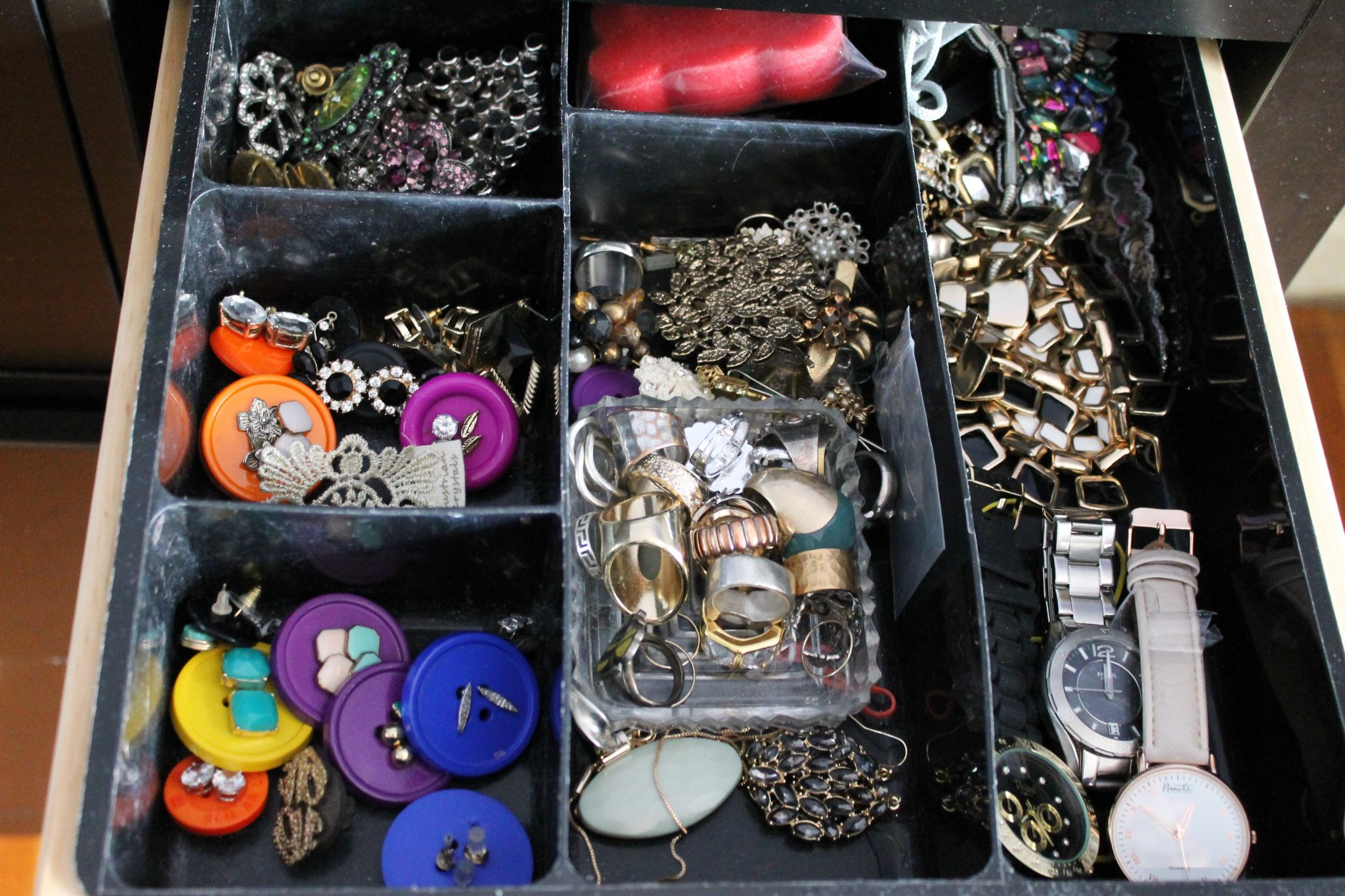 jewelry organization tray