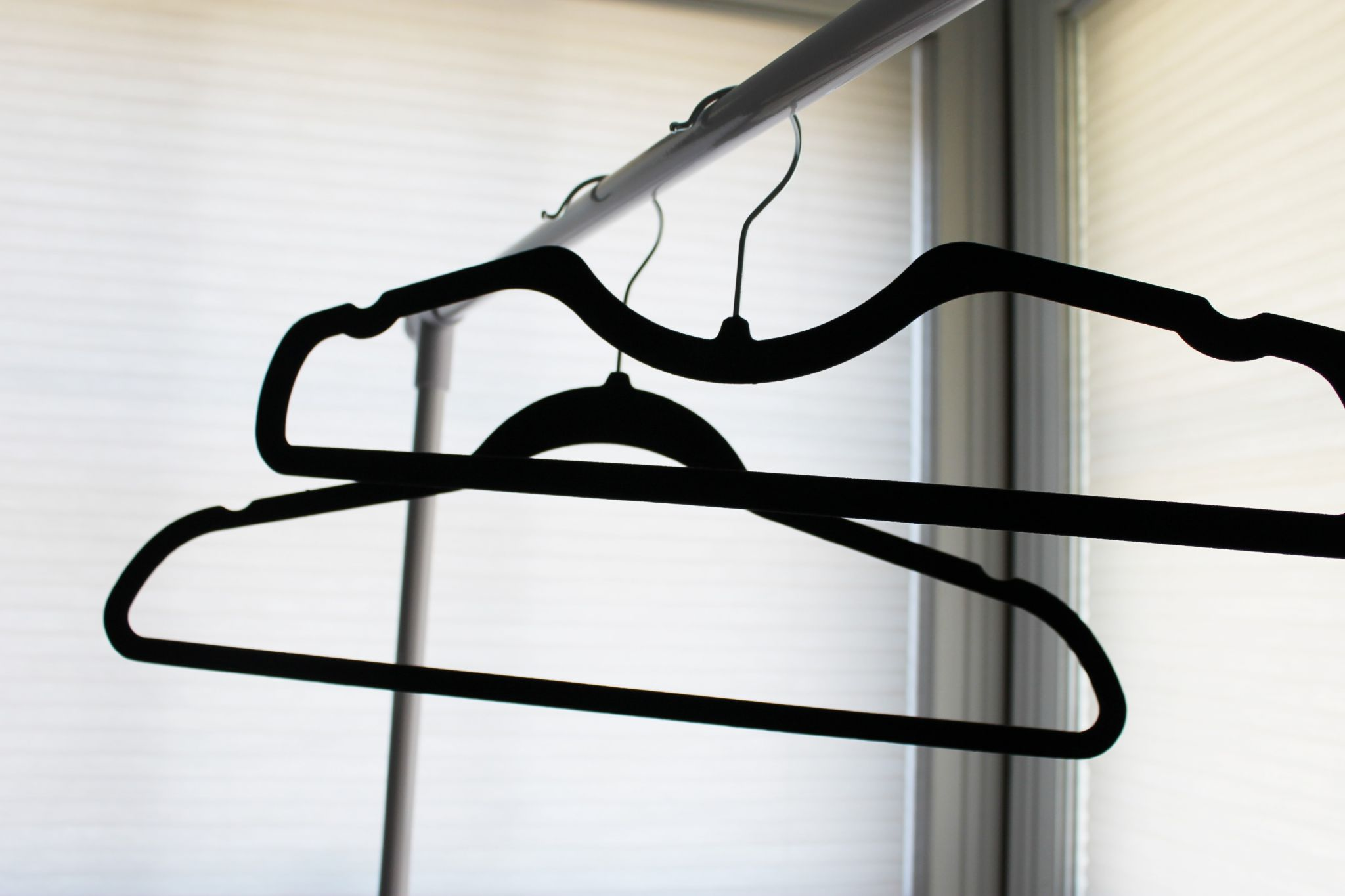 Higher Hangers review- a comparison of a regular hanger and a Higher Hanger on JK Style