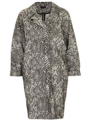outfits every woman needs to own topshop coat