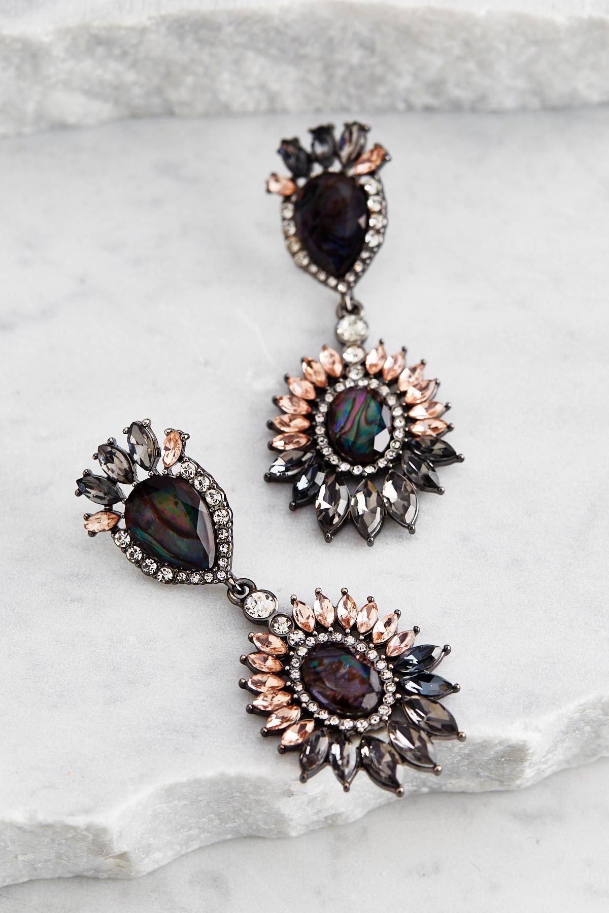 Versona Statement earrings