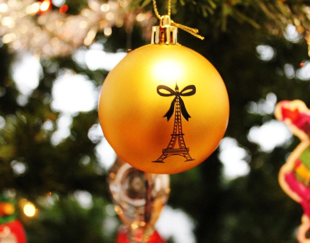 December 2014 French Box Eiffel Tower Ornament