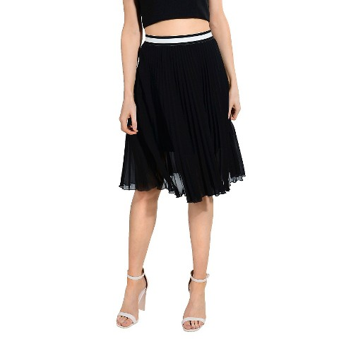 knife pleat skirt