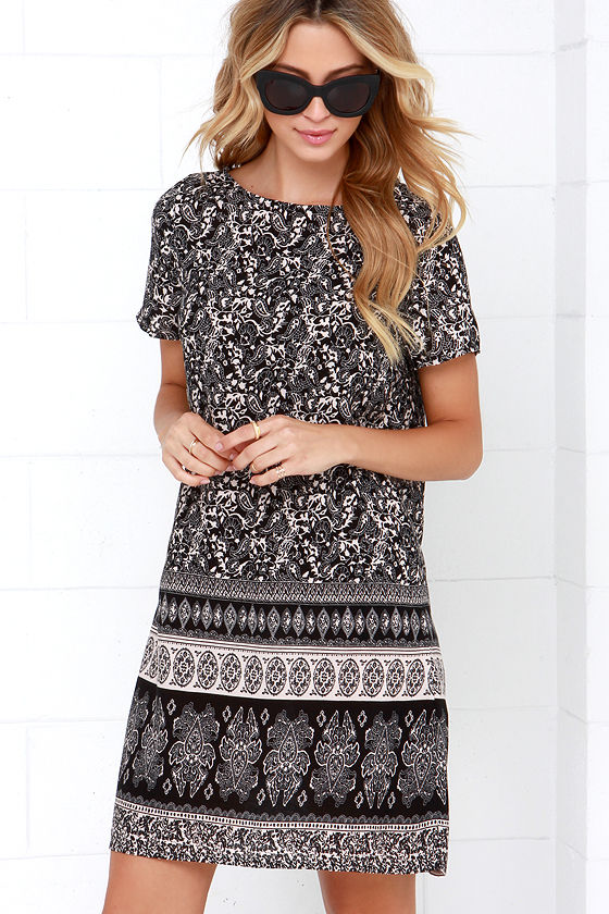 agree to filigree black print shift dress