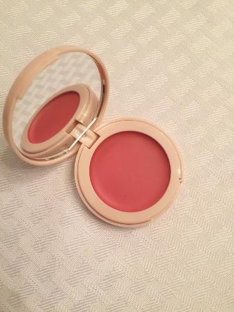 august ipsy glambag doll 10 cream blush (338x450)