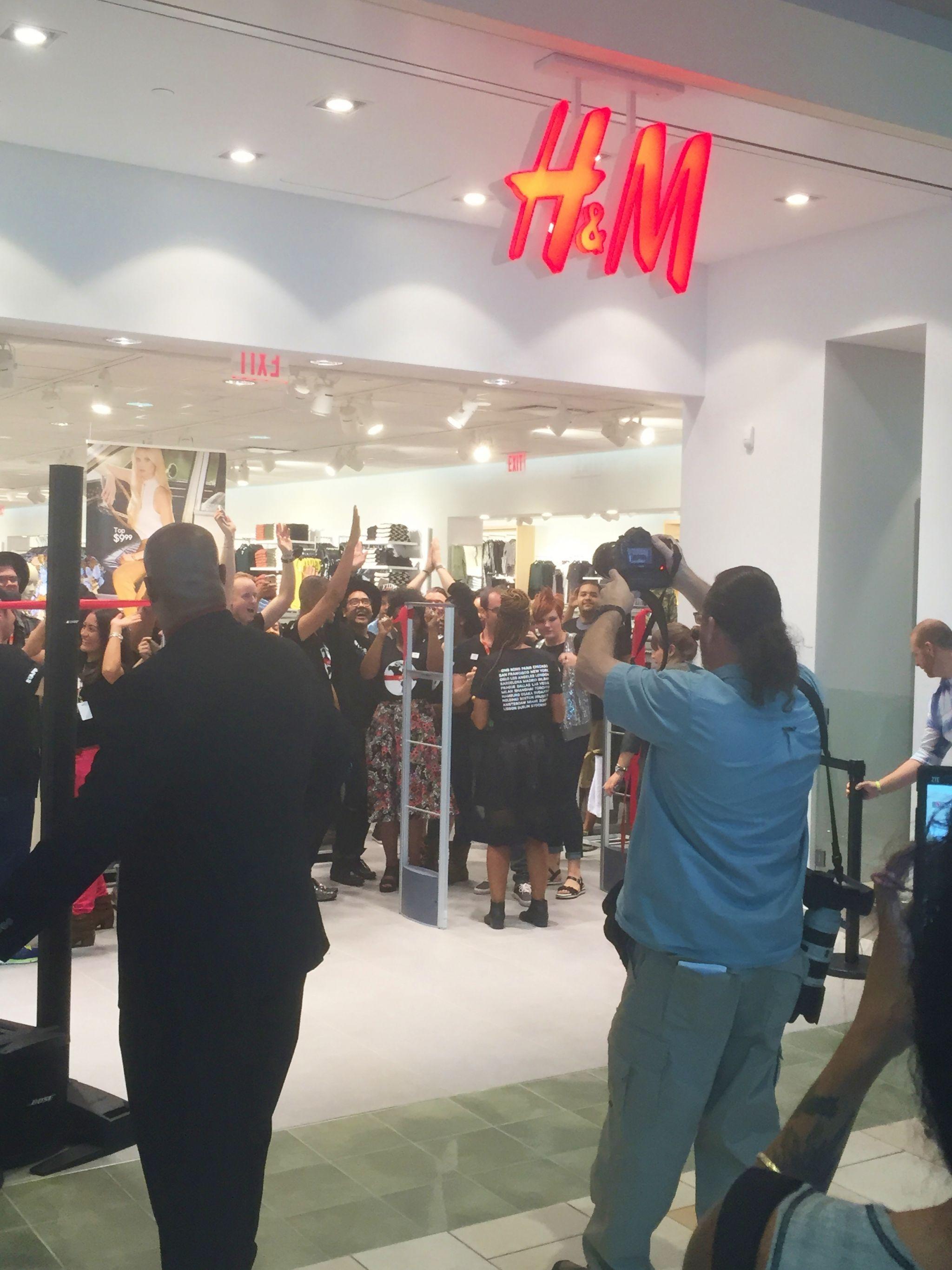 H&M OKC Grand Opening Ribbon Cutting