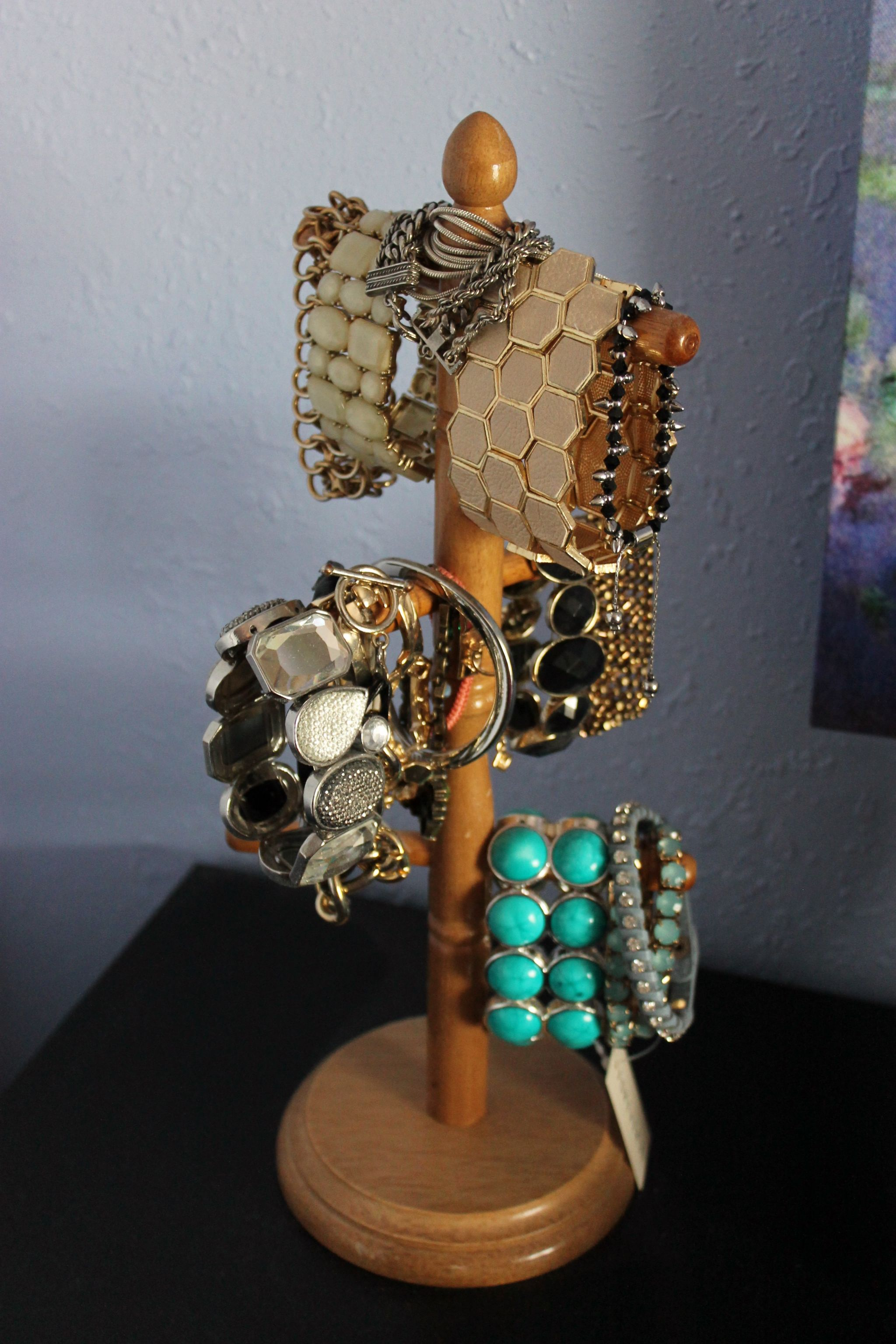 jewelry organization bracelet holder