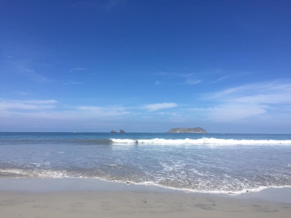 manuel antonio beach 2