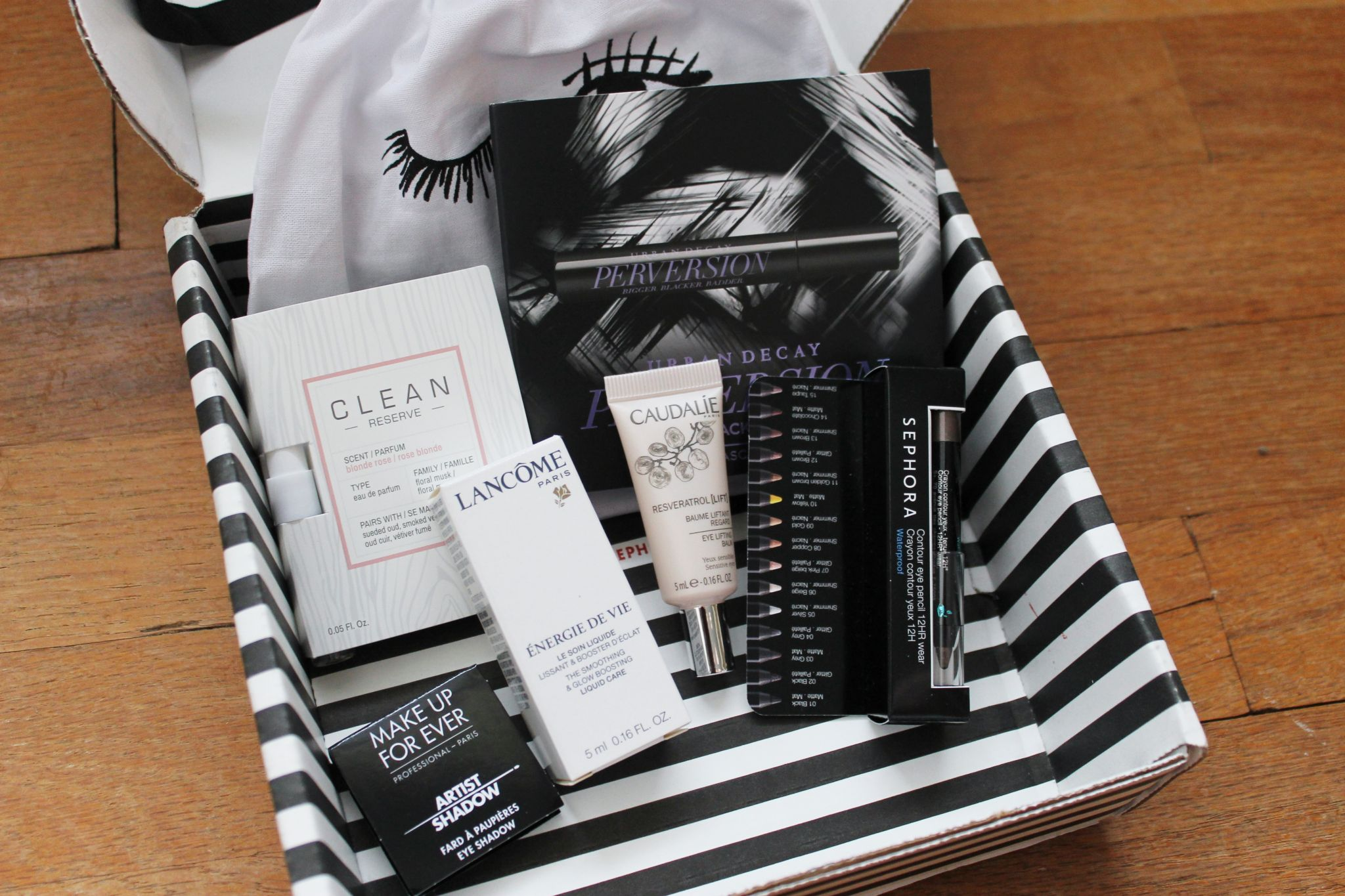 August Play by Sephora Box items