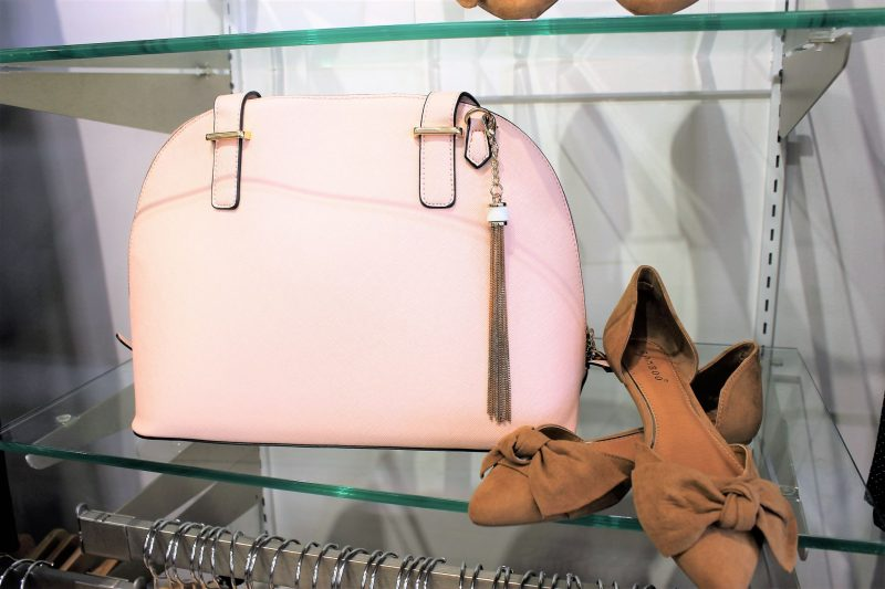 Gorgeous pink bag and bow flats from Versona