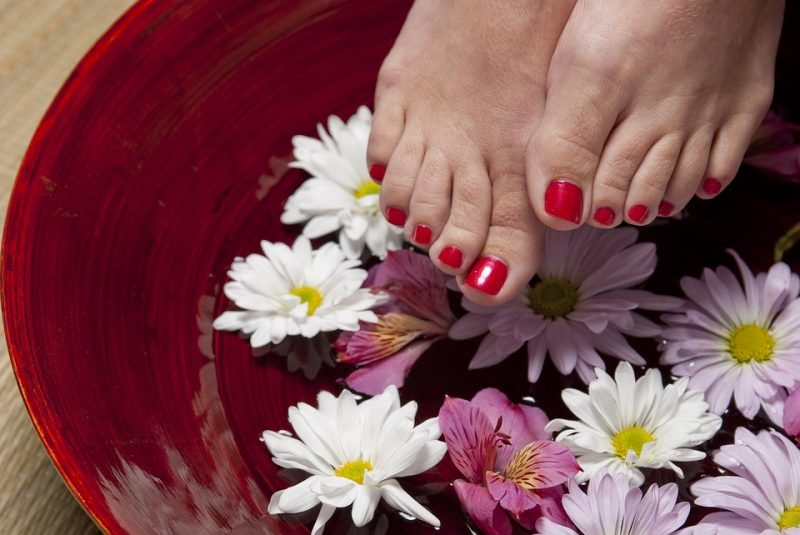 friday-favorites-pedicure-tips