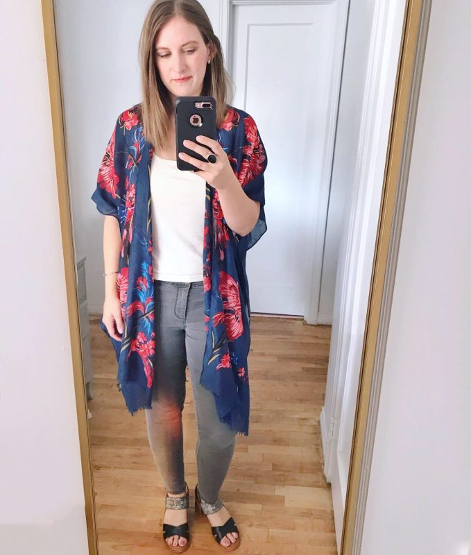 navy kimono - Friday Favorites on JK Style
