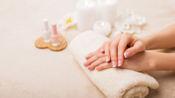 friday favorites - French manicure on JK Style